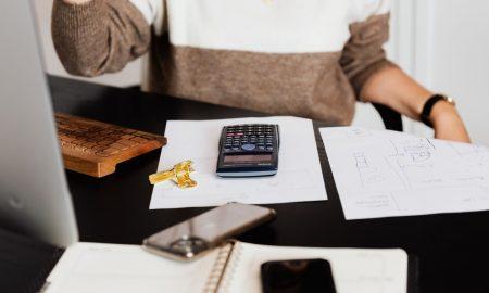 financial-planner-4